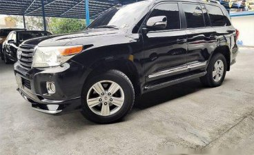 Black Toyota Land Cruiser 2015 at 91000 km for sale