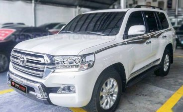 Toyota Land Cruiser 2018 for sale in Manila