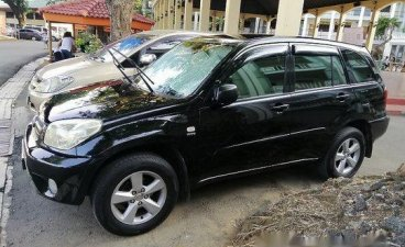 Black Toyota Rav4 2004 at 154000 km for sale