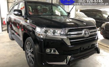 Sell 2020 Toyota Land Cruiser in Quezon City