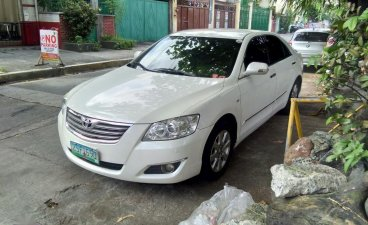 Selling Pearl White Toyota Camry 2008 in Quezon City