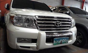 Selling Toyota Land Cruiser 2011 in Manila