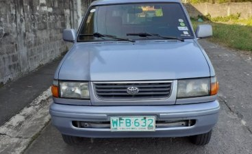 Selling Toyota Revo 1998 in San Pedro