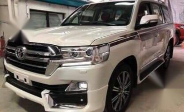 Sell 2020 Toyota Land Cruiser in Marikina