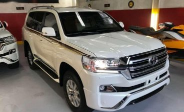 Sell 2019 Toyota Land Cruiser in Pasig