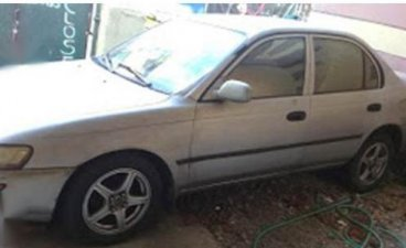 White Toyota Corolla 1994 for sale in Manual