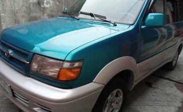 Selling Toyota Revo 2001 in Manila