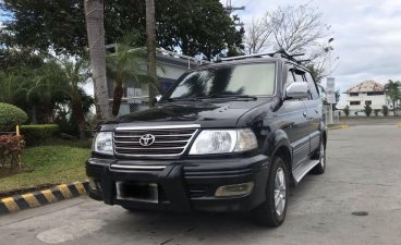 Selling Toyota Revo 2004 in Pasay