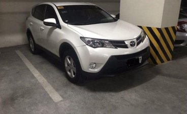 White Toyota Rav4 2014 Automatic for sale