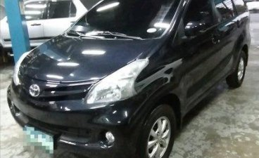 Selling Blue Toyota Avanza 2013 in Quezon City