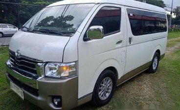 Selling White Toyota Hiace 2018 in Quezon City