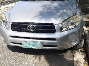 Silver Toyota Rav4 2007 at 59000 km for sale