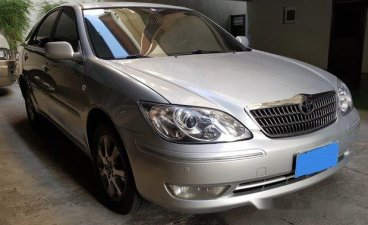 Selling Silver Toyota Camry 2005 at 102000 km