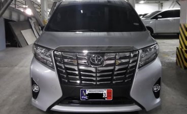 Selling Silver Toyota Alphard 2016 in Manila