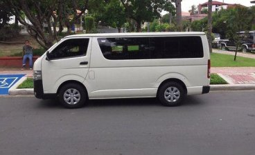 White Toyota Hiace 2015 for sale in Paranaque