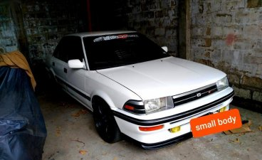 White Toyota Corolla 2004 for sale in Mandaue