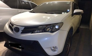 Sell White 2014 Toyota Rav4 in Quezon City