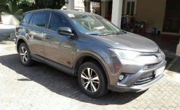 Sell Grey 2017 Toyota Rav4 in Muntinlupa