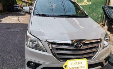 White Toyota Innova 2016 for sale in Manila