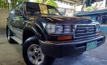 Green Toyota Land Cruiser 1997 for sale in Manual