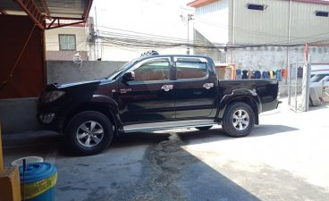 Black Toyota Hilux 2010 for sale in Manual
