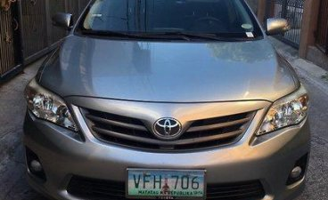 Selling Silver Toyota Corolla Altis 2012 in Pasay