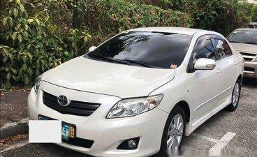 White Toyota Corolla altis 2010 for sale in Manila