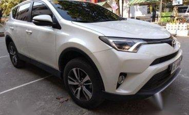 Selling Toyota Rav4 2017 in Manila