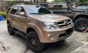 Toyota Fortuner 2006 for sale in Quezon City