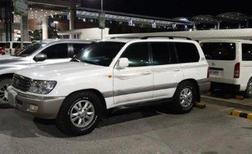 Selling White Toyota Land Cruiser 2007 in Cebu City