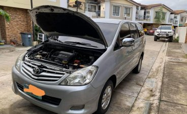 Grey Purple Toyota Innova 2010 for sale in Pasay City