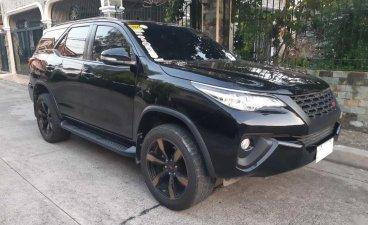 Selling Black Toyota Fortuner 2016 SUV / MPV in Las Pinas