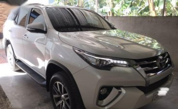 Selling Pearlwhiye Toyota Fortuner 2017 in Lipa City