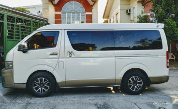 Pearl White Toyota Grandia 2013 for sale in Manila