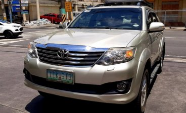 Selling Beige Toyota Fortuner 2012 in Manila