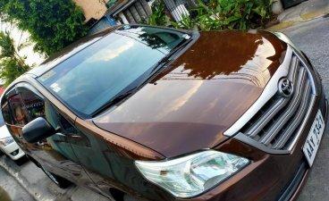 Brown Toyota Innova 2014 for sale in Manila