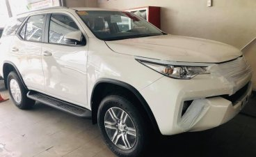 White Toyota Fortuner 2020 for sale in Manila