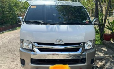 Pearl White Toyota Grandia 2018 for sale in Antipolo