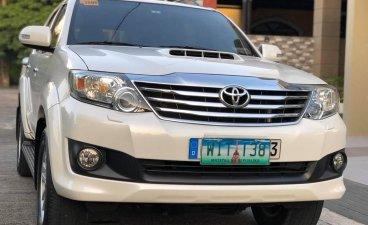 Sell White 2013 Toyota Fortuner SUV / MPV in Manila