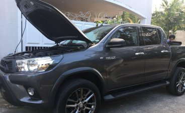 Black Toyota Hilux 2018 for sale in Bulacan