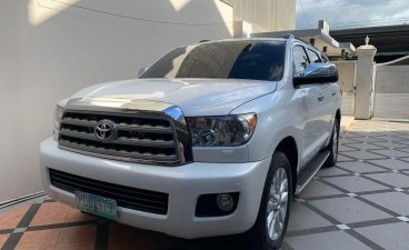 White Toyota Sequoia 2010 for sale in Batangas