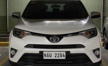 White Toyota Rav4 2017 for sale in Manila
