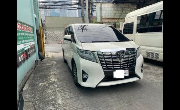 White Toyota Alphard 2016 for sale in San Antonio