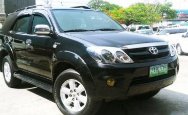 Black Toyota Fortuner 2005 for sale in Manila
