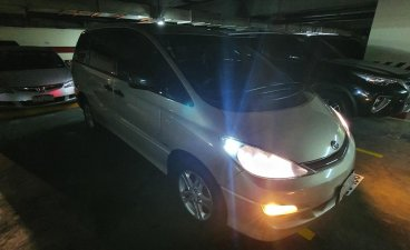 White Toyota Previa 2004 for sale in Manila