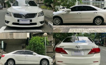 Pearl White Toyota Camry 2010 for sale in Makati City