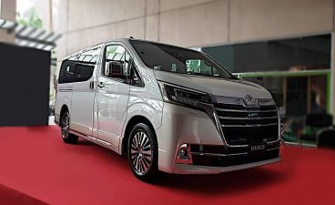 Sell White Toyota Hiace for sale in Makati