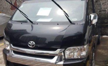 Selling Black Toyota Grandia in Mandaluyong