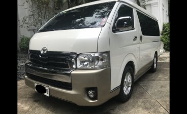 Selling White Toyota Hiace 2015 in Manila