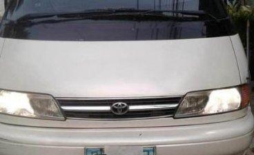 White Toyota Estima 2016 for sale in Manila